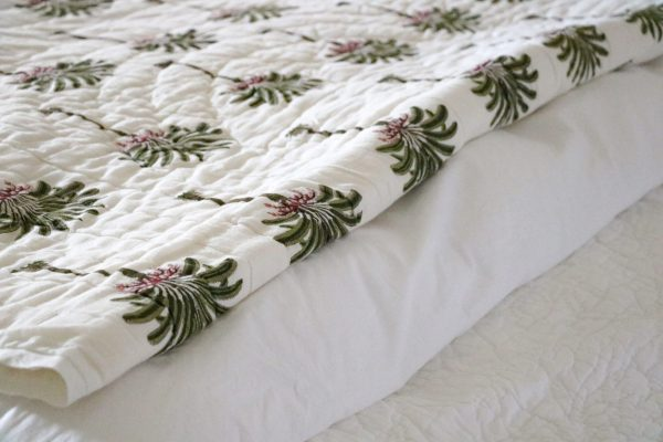 block print quilt, block print bedding, palm tree block print, palm tree bedding, online shopping bedding, luxury bedding, luxury quilts, shenouk, premium quilts, block print textiles, English block print, Indian block print