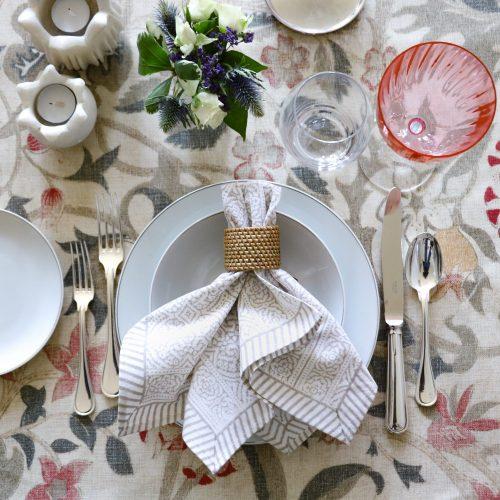 block print tablecloth, block print table linen, luxury table linen, English block print, Indian block print, block print napkins, online shopping table linen, online shopping block print