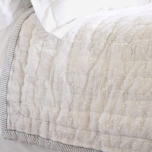 block print quilts, block print bedding, luxury bedding, luxury bed linen, online bedding, online block print, block print uk, indian block print, shopping block print, shenouk
