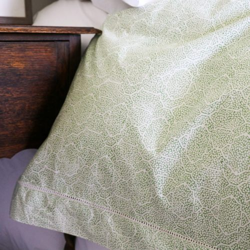 shenouk, block print, indian block print, English block print, online shopping block print, exclusive block print design, block print duvet covers, block print bedding, Gauntess design, trellis design, green duvets