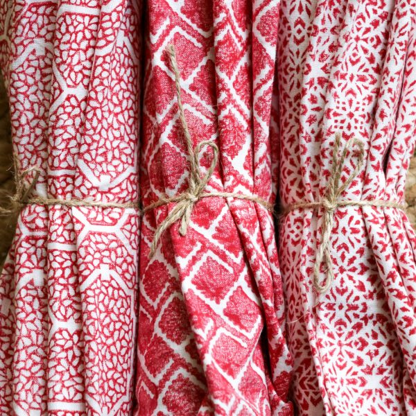 block print, shenouk, napkins, table linen, indian textiles, country house decor, online shopping blockprint, uk blockprint, indian blockprint, luxury table linen, tablecloths, uk tablecloths, handmade tablecloths, handmade table linen, entertaining tips, tablesetting